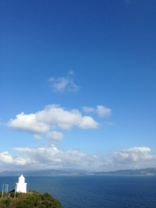晴天の伊王島灯台