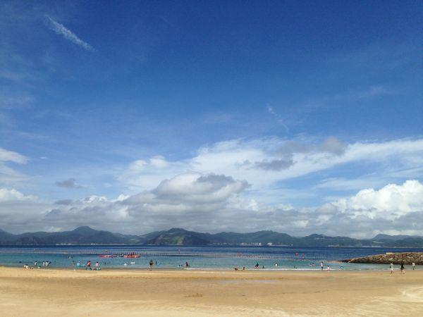 夏には多くの伊王島ファンが海水浴を楽しみに伊王島を訪れます。
