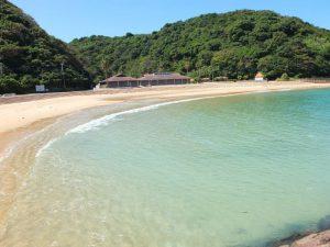 伊王島は透明度が高く、素晴らしい海です1
