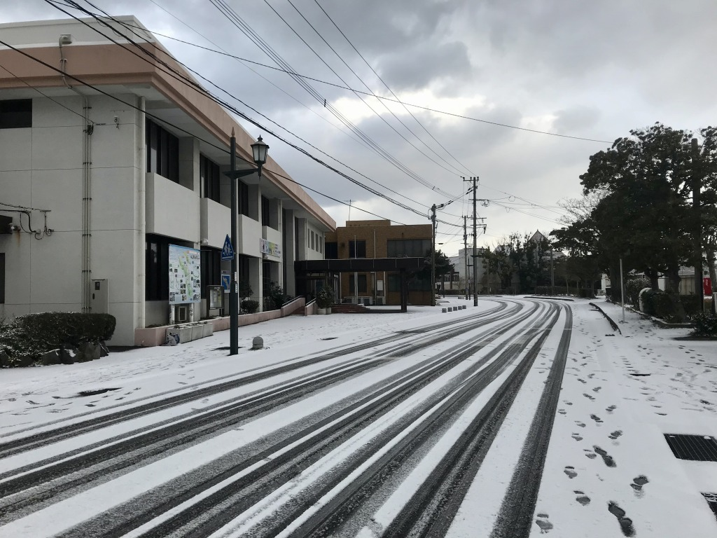 伊王島地域センター前から伊王島小中学校方面